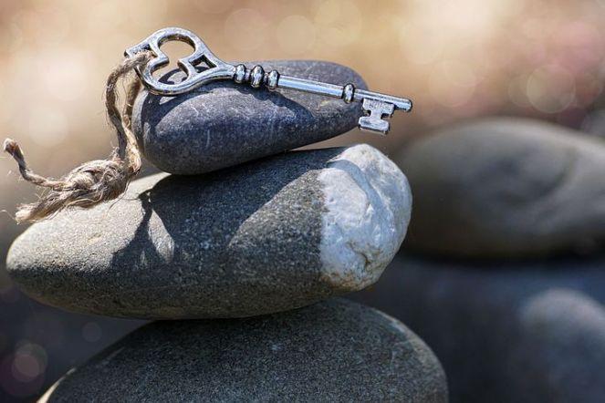 stones-3364324__480